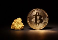 مقایسه ارزش بیت کوین و طلا برای سرمایه گذاران